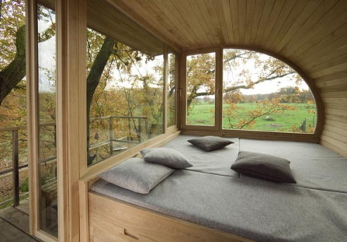 naturebelle:  Tree house interior