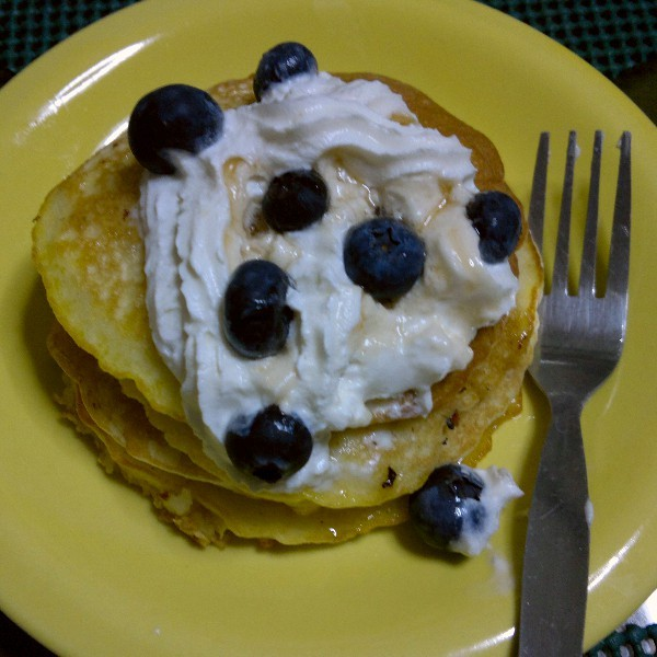 Sister @kirstincarrera made some pancakes tonight- topped it with whipped cream and fresh blueberries! Yummm! :3 #cravings #foodgasm (Photo taken and uploaded via MOLOME )