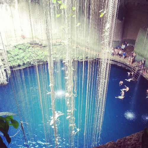 rawrmeansiwuvyu:  Went swimming here today.  #sinkhole #Cancun #vacation