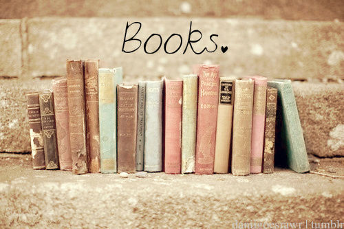 lotti47:  I Like Books :) I LOVE BOOKS