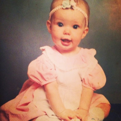 Yes that is me, god I was a cute kid :) #baby #smiles #cutest #bow #pink #girl #throwback #babypictures #photography #dress #blueeyes