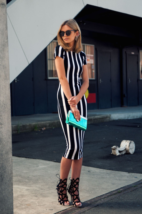 fashionbellus:  ahhhhhh i adore this look…now i'm on the hunt for a stripe midi dress and cutout caged booties…