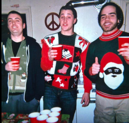 Jesse, Mike, and my babee in his black santa sweater.. :)
