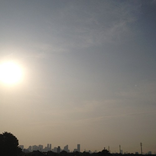 #morning #sky #sun #clouds #buildings #tokyo #japan
