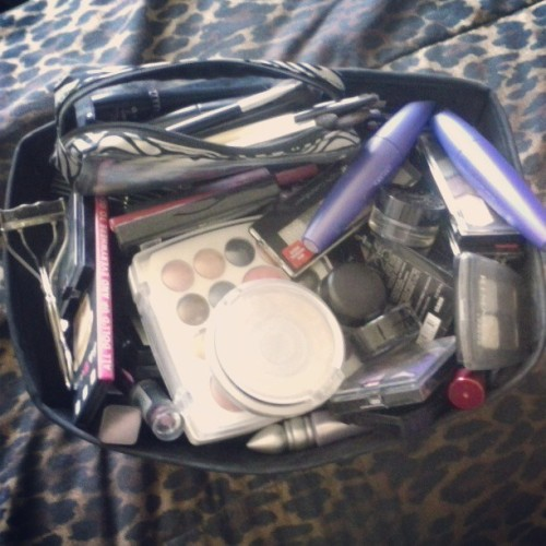 The rather abhorrent state of the 1/3 of my makeup that gets used the most. Everything else is stored neatly in two train cases. #makeup #makeupstorage #messy #covergirl #toofaced #rimmel #physiciansformula #revlon #stila #mac