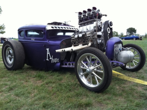 kdub87:  all that motor and and prolly never seen a drag strip