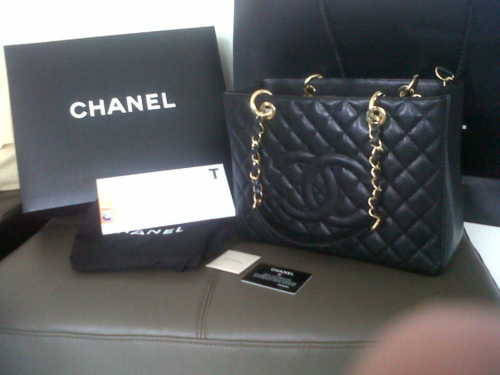 REBLOG, for a chance to win this authentic CHANEL GST handbag. DETAILS: - Black caviar leather - Gold hardware - Comes with box, authenticity card and dust bag - Will ship anywhere for free - Brand new condition (never been used). RULES: - MUST be following me, nakedthreads - Likes don't count - Winner will be chosen when there are enough reblogs on this but i will keep you updated. WANT MORE CHANCES TO WIN?:  - For a better chance of winning, LIKE THIS PAGE. - Reblogging more than once and messaging me telling me why you want it will give you a better chance (i will probably only count a maximum of 10 reblogs) - Follow me on instagram: @emilyoldfield - PROMOTE me (nakedthreads) as many times as you like READ: - Only the photo will appear on your blog. - DO NOT DELETE THIS TEXT OTHERWISE YOUR VOTE WON'T COUNT. any questions? nakedthreads.tumblr.com/ask