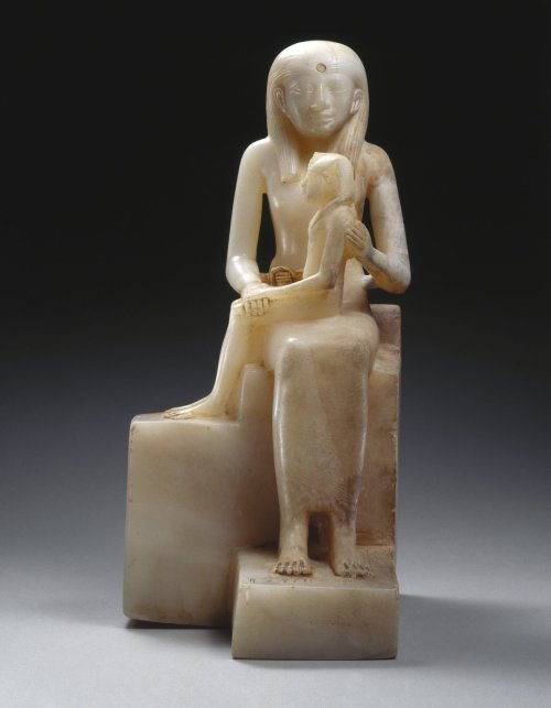 statuette of queen ankhnes meryre ii and her son pepyii essay Statue of queen ankhnes-meryre ii and her son, pepy ii, ca 2288-2224 or 2194  bce egyptian alabaster, 15 7/16 x 9 13/16 in (392 x 249 cm) brooklyn.