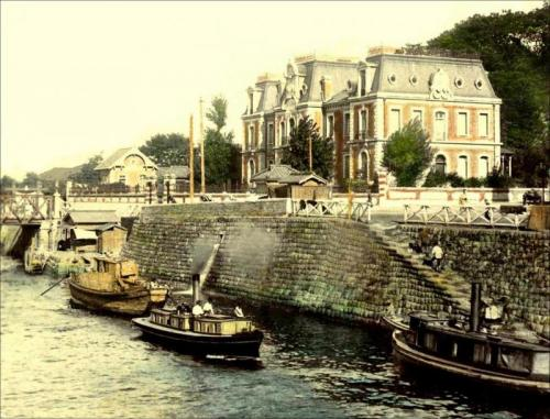 """ French Consulate In Yokohama Along The Horikawa Canal ""  ….  Photgrapher: T. Enami, Yokohama  [Circa 1905]"