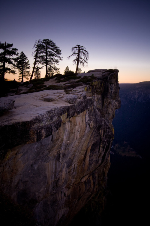 touchdisky:  Yosemite National Park, California, USA by code poet