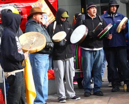 Denver Idle No More Calls Out the Canadian Prime Minister via Letter Despite drumming, Round Dancing and megaphoned speeches far below its lofty offices in Denver, the Consulate General of Canada remained silent December 31 about the First Nations' indigenous rights concerns expressed in a local rally that drew about 100 people in support of the continent-wide Idle No More movement.