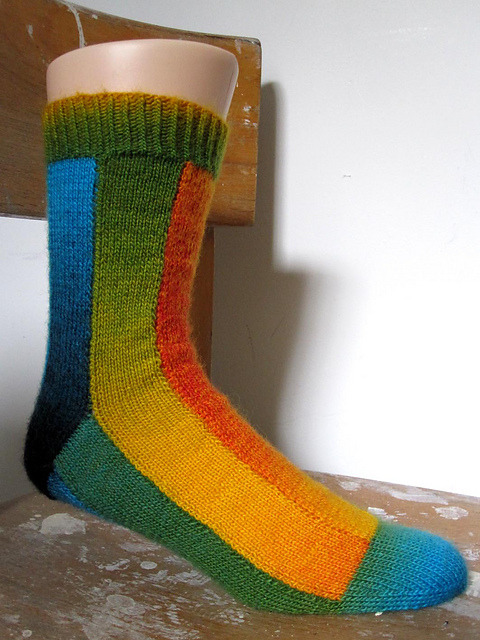 dramallamaknitting:  fyeahhandknitsocks:  Stripe Tease by General Hogbuffer Pattern available as a free Ravelry download  The most dangerous patterns are the ones where you see them, immediately want to cast on, and then spend 20 minutes on Ravelry wondering what yarn to use.   oAo When I have time. This will be a thing that I am going to do.