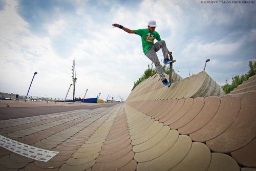 Diogo Smith-Blunt Finger Fakie by Roosevelt Alves on Flickr.