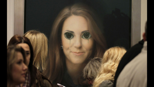 Keene eyed Kate http://gawker.com/5975187/?post=56142104