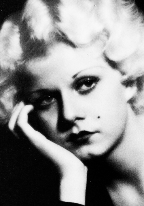 mariondavies:  Jean Harlow in a publicity shot for Platinum Blonde, 1931