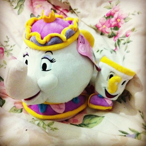How cute is Mrs Potts and Chip teddy!!