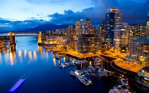 spiceywall:  Vancouver Buildings