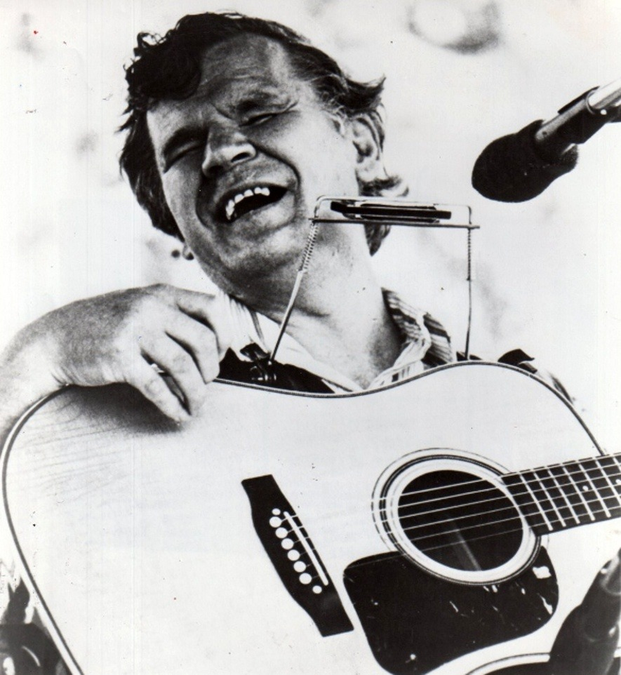 Doc Watson remembered. Legendary bluegrass musician Doc Watson passed away this year at age 89. With dozens of records, seven Grammys, and an encyclopedic knowledge of American traditional music, Watson left behind an unmatched legacy. Now his family is working to produce Doc Watson Family Milestones, an intimate, multimedia portrait of a musical hero. musicboys:  Doc Watson by A. Maxwell