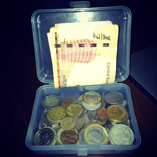 #SelfFact I'm a currency collector, I love collecting different coins and notes from all over the world. I've owned this currency collection box for like 4 years now. I have really old stuff in here like a 5 piastre egyptian banknote and a 5 Greek drachmas coin. #insta #instahub #instapic #instagood #instagram #instalove #instashot #instadaily #instagramhub #instagrammers #webstagram #statigram #tweegram #all_shots #best #bestshot #coins #banknotes #currencies #collection #box #vintage #new #clubsocial #social #followme #ifollowback  (at Dreamland Compound, 6th October City)