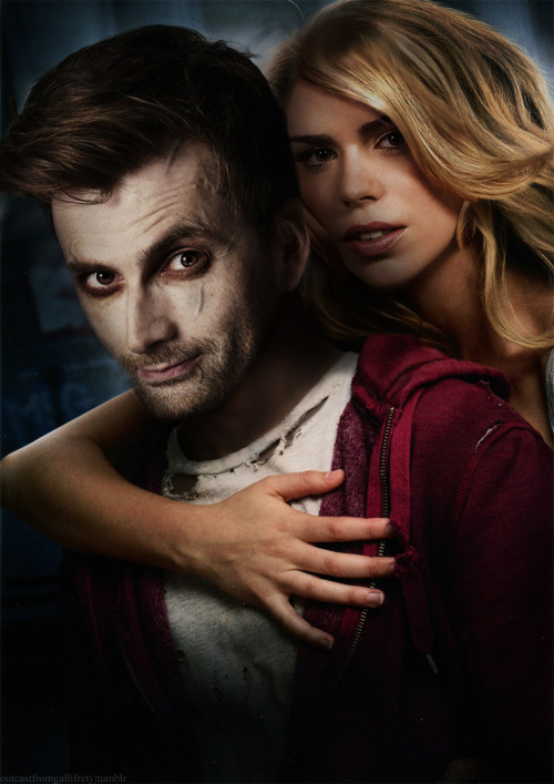 super-psychic-paper:  outcastfromgallifrey:  Doctor Who + Warm Bodies AU -  In which the Doctor is a lonely zombie and Rose Tyler is his salvation   oh lord have mercy!!!!!!!!!