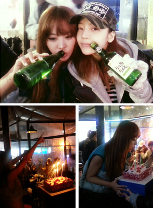 Hara and Narsha enjoying their soju