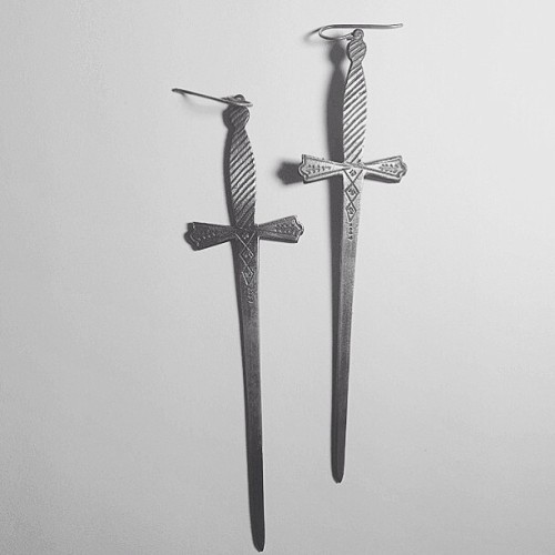 bloodmilk:  bloodmilk 2 of swords earrings in sterling silver.