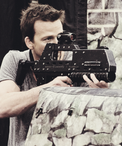 21/50 of Sean Patrick Flanery