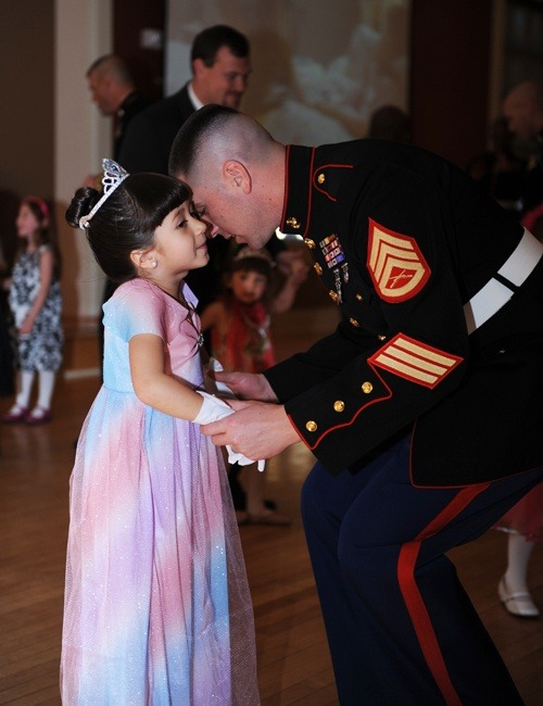 milsotherapy:  Father-Daughter dance <3