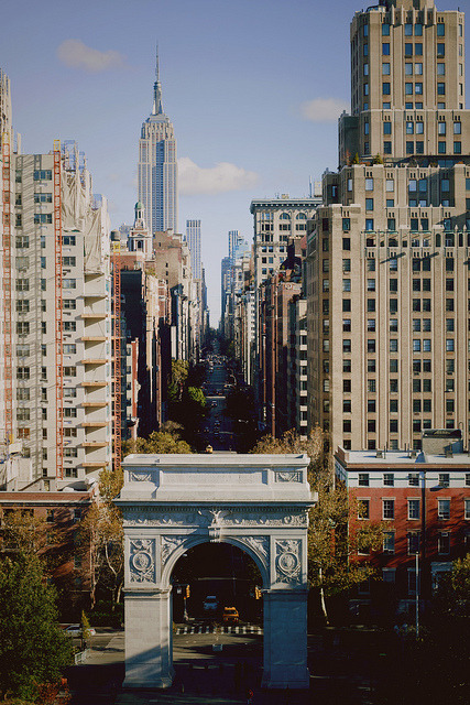 alignings:  Fifth Avenue by voldy92 on Flickr.