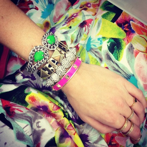Warm weather brings out the bangles #alohafriday #armparty @ (at BaubleBar HQ)