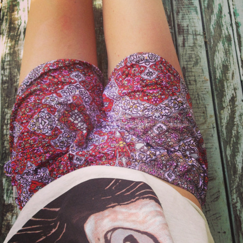 tropi-cal-oasis:  sharonmalu:  those shorts »>  ☼ follow for more posts like this ☼