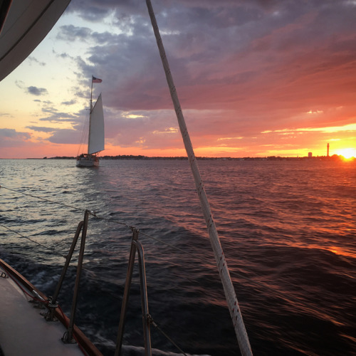 momentsailing: After four amazing sails today we ended with a...