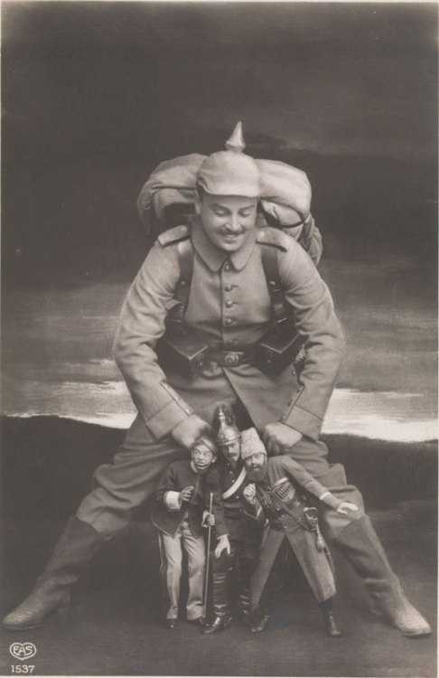 lostsplendor:  Collision: German Photo Manipulation, WWI  Good to know that everyone, throughout history, has really just been fucking around.