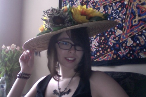 so ready for Preakness ($3.50 hat from Goodwill and ~$20 of accessories from Hobby Lobby)