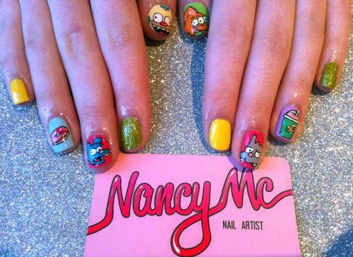 nancymcnails:  The Itchy & Scratchy Show for Twinny!!