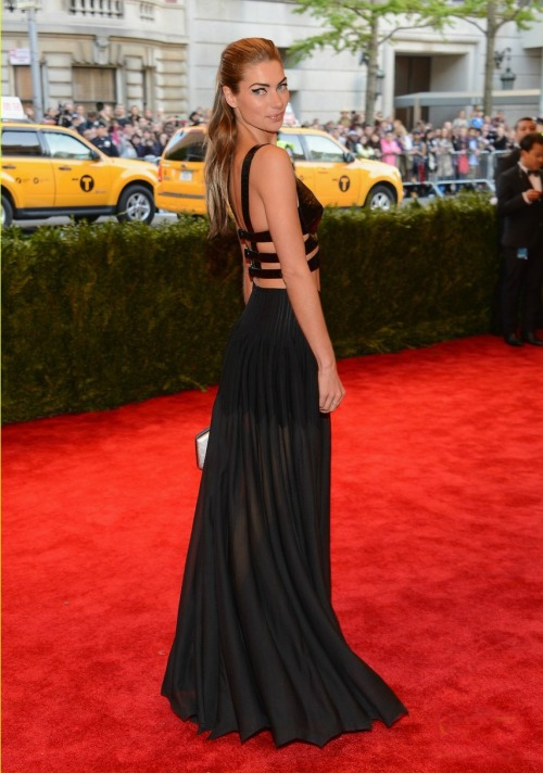 victoriasecre-t:  Met Gala Ball 2013: Jessica Hart - She looked absolutely stunning!