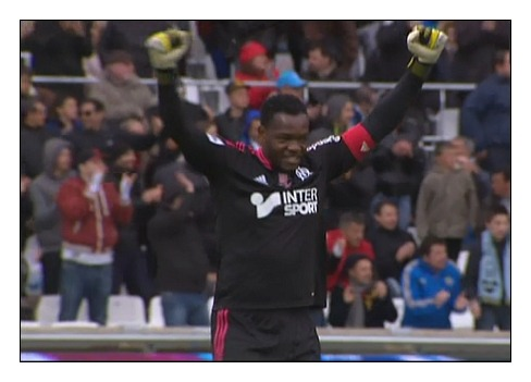 20/04/2013 - OM vs SB29 (1:0) - Happy Mandanda