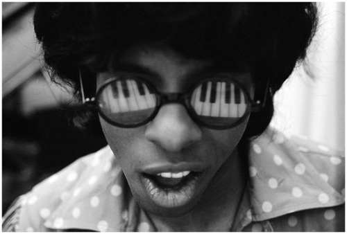 theswinginsixties:  Sly Stone photographed by Murray Neitlich.  Here it is; the coolest goddamn picture of anyone ever.