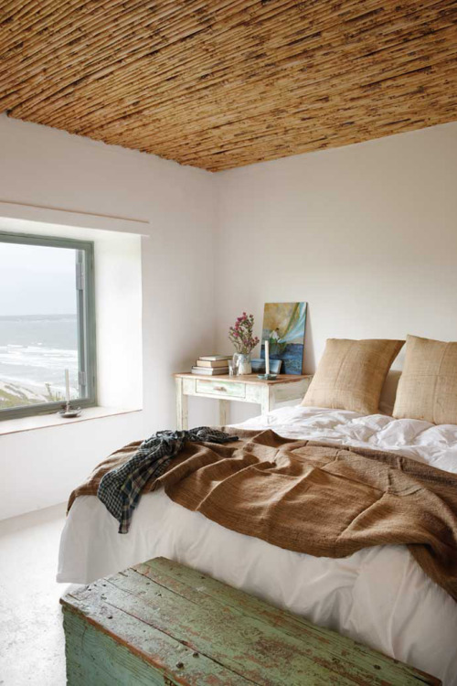 (via House of Turquoise: Paternoster Beach Cottage)