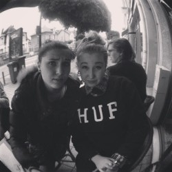 Ayo #cofee #camille #kamarloop #paris #orleans #blois #huf #girls #dope #high #blackwhite #goldie #fvck
