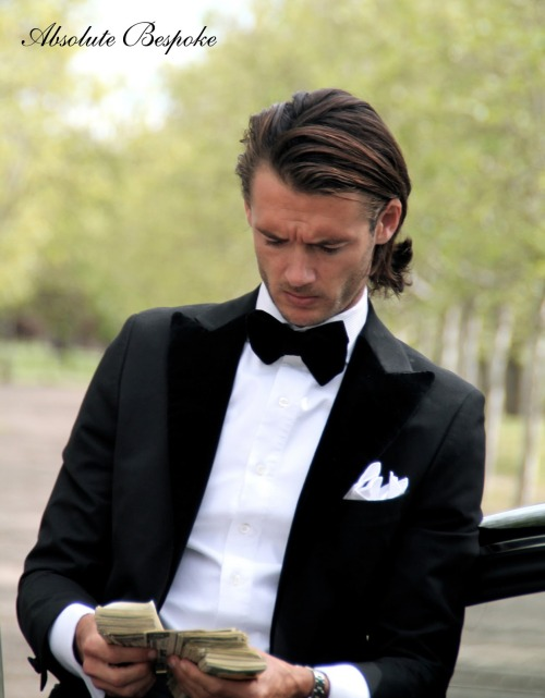 thesnobreport:  Some hard cash and a tuxedo from Absolute Bespoke will bring you places