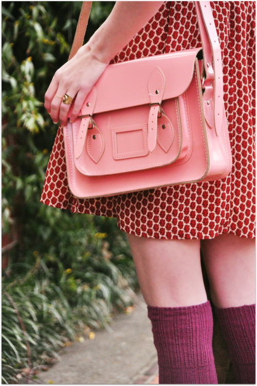 modcloth:  Red and pink might just be the perfect pairing. (via Fancy Treehouse)