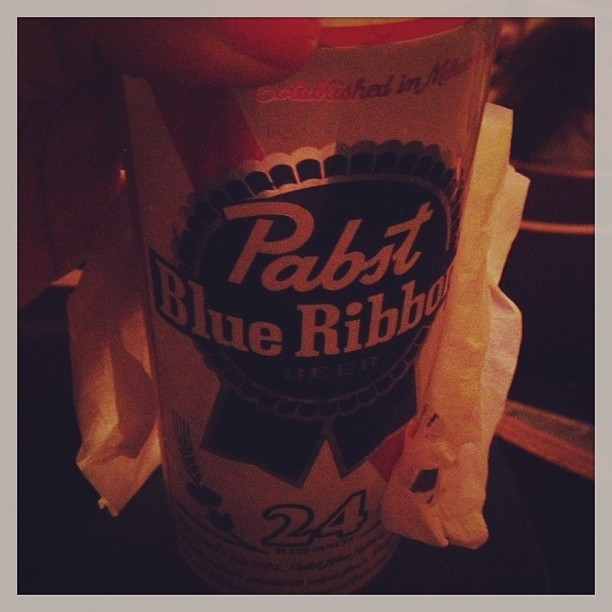Pabst Blue Ribbon on ice #lanadelrey