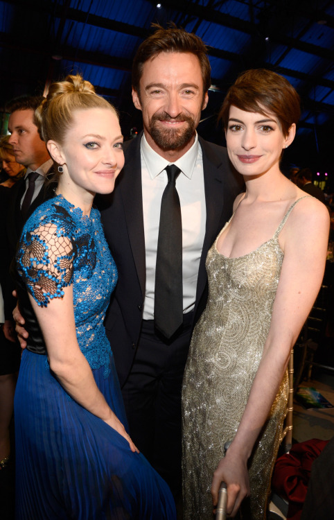 suicideblonde:  Amanda Seyfried, Hugh Jackman and Anne Hathaway at the Critics Choice Awards, January 10th
