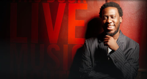 Celebs // Robert Glasper … He'll be playing here in Atlanta in a couple of weeks, and I'm looking forward to it.  ~Ben10
