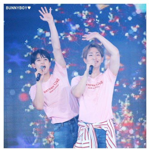 romanceboys:happy birthday minho!© bunny boy🌙 do not modify. #q#shinee#minho#jinki #the cutest smol ones