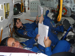 Samantha Cristoforetti and Anton Shkaplerov in their full team first Soyuz simulation. (x)