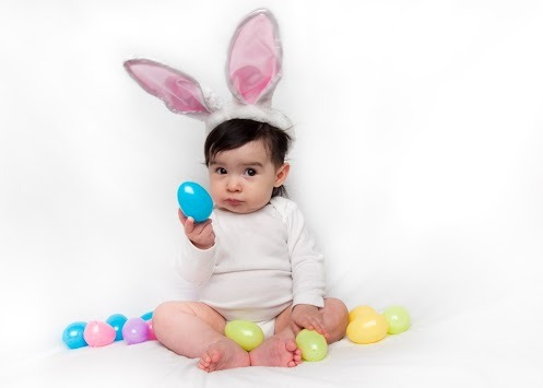 HAPPY EASTER TO ALL THOSE WHO CELEBRATE! HAPPY EGG HUNTING!  xo @RozOonTheGo photo: RC Conception
