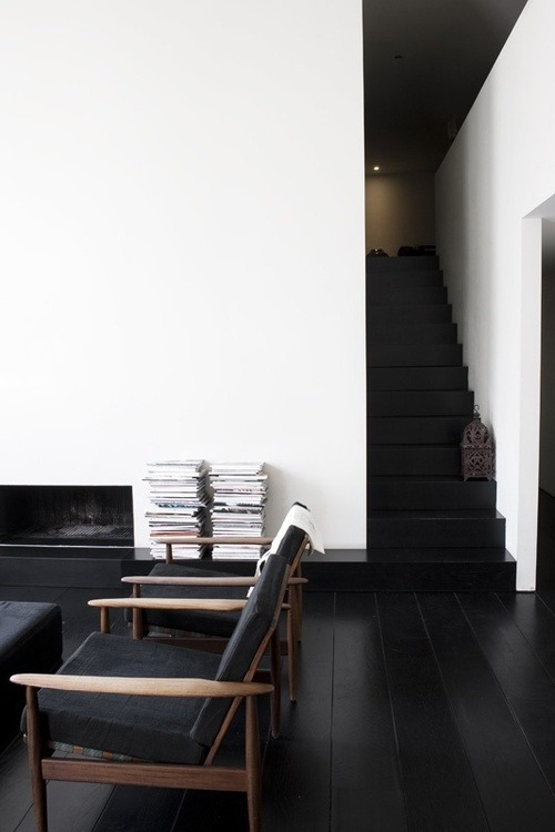 myidealhome:  dark floor (via pinterest)