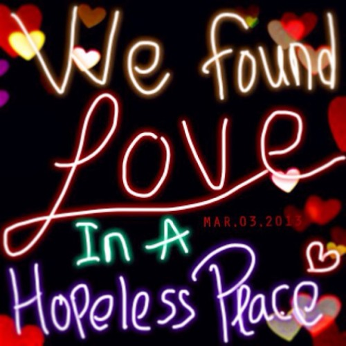 we found love in a hopeless place 💃🙌⭐💋💝🎤🚗 #song #lyrics #memories #love #you #miss #sad #found #last #night #iloveyou #imissyou #reallymissyou #hiks #huaaa #handwritting #linecamera #line #instamood #picoftheday #photooftheday #bestoftheday #dailypict